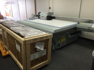 Giant UV flatbed printer
